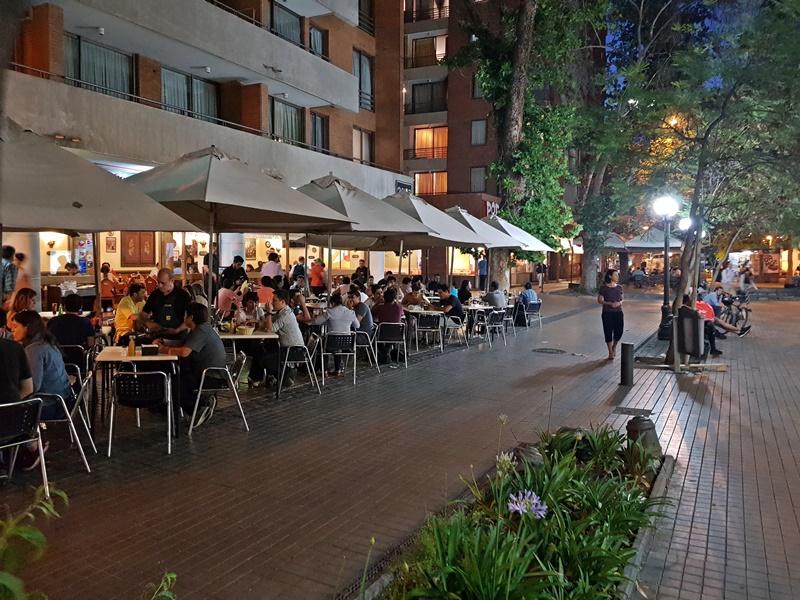 Restaurantes e bares de Santiago a noite