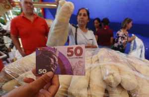 """Creación de la moneda """"El Caribe"""" desató críticas en Twitter"""