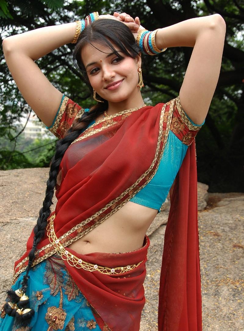 Hot Actress Photos Free HD: Tamil Actress Saree Navel