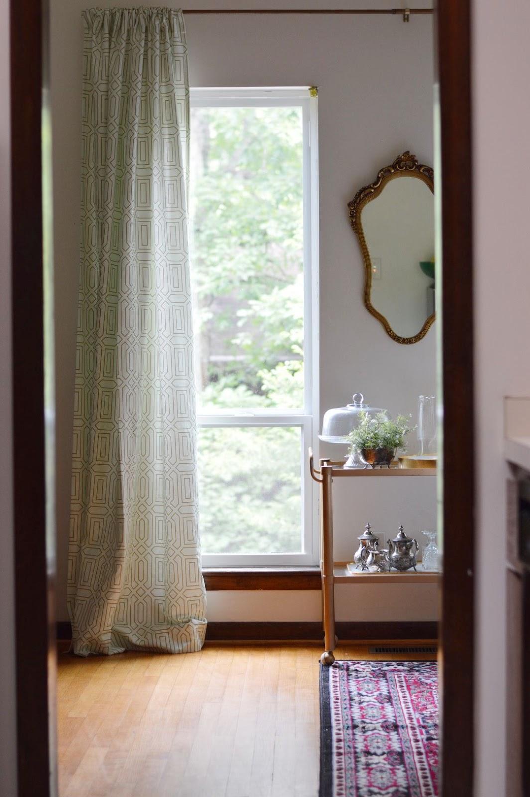 Eclectic decor, summer eclectic home tour, domicile 37, vintage decor, edgy home decor, minted curtains, rental living, rental DIY