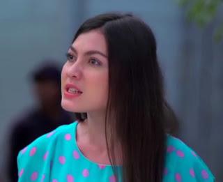 Haviza Devi Anjani sebagai pemeran Utari