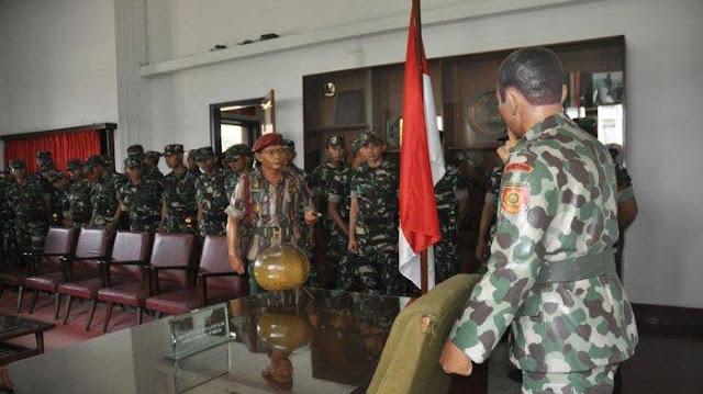Fadli Zon: Patung Soeharto-AH Nasution Milik Negara, Harus Dikembalikan