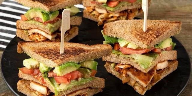 Το χορτοφαγικό club sandwich