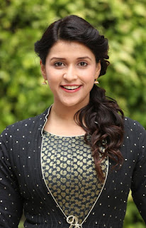 Mannara Chopra at telugintivantakam contest