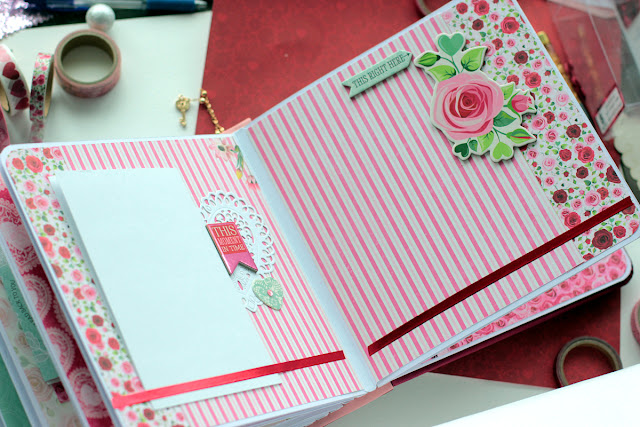 Valentine_Mini_Album_Count_the Ways_Elena_Feb13_09.JPG