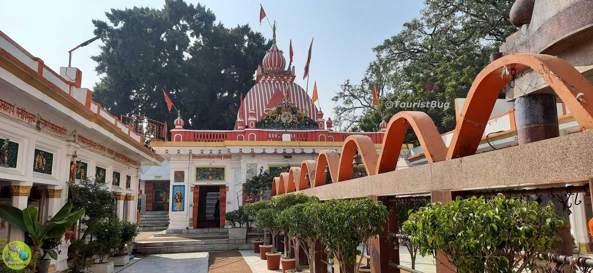 Naya Hanuman Mandir Aliganj Lucknow