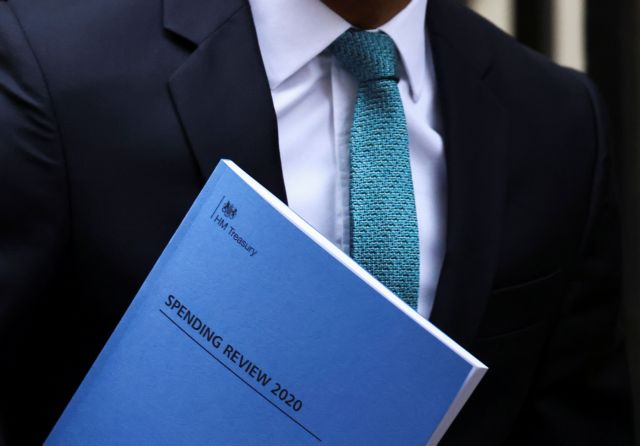 Βρετανία : Πρωτόγνωρη πτώση 11,3% του ΑΕΠ για το 2020