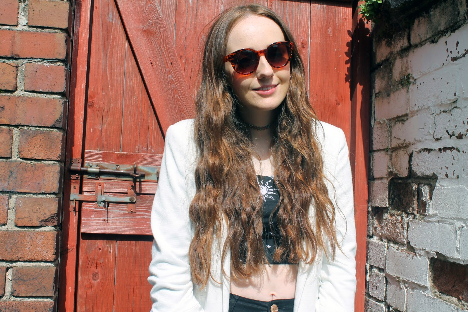 primark tortoiseshell sunglasses wavy hair from plaits motel crop top