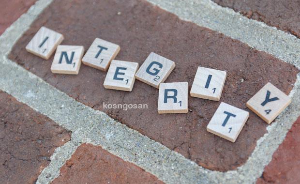 contoh sikap integritas