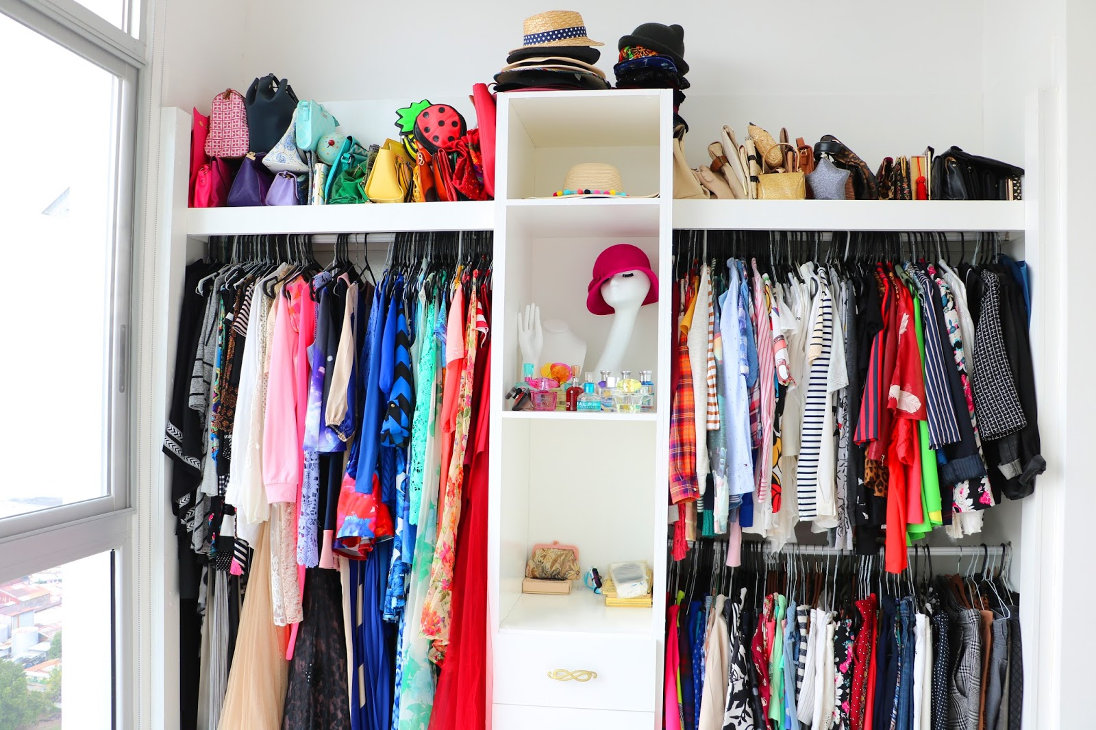 Click through to see how I transformed this bedroom into a walk in closet!