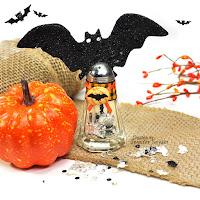 bat salt shaker