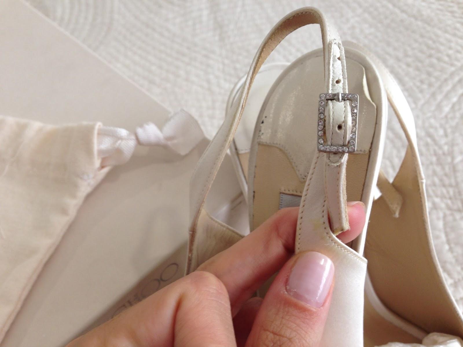 af877474851 Momentips  Cómo teñir los zapatos de novia...¡y renovar unos Jimmy ...