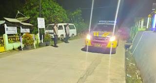 Ciptakan Situasi Kondusif, Personil Polsek Malua Polres Enrekang Lakukan Patroli Blue Linght Pada Malam Hari