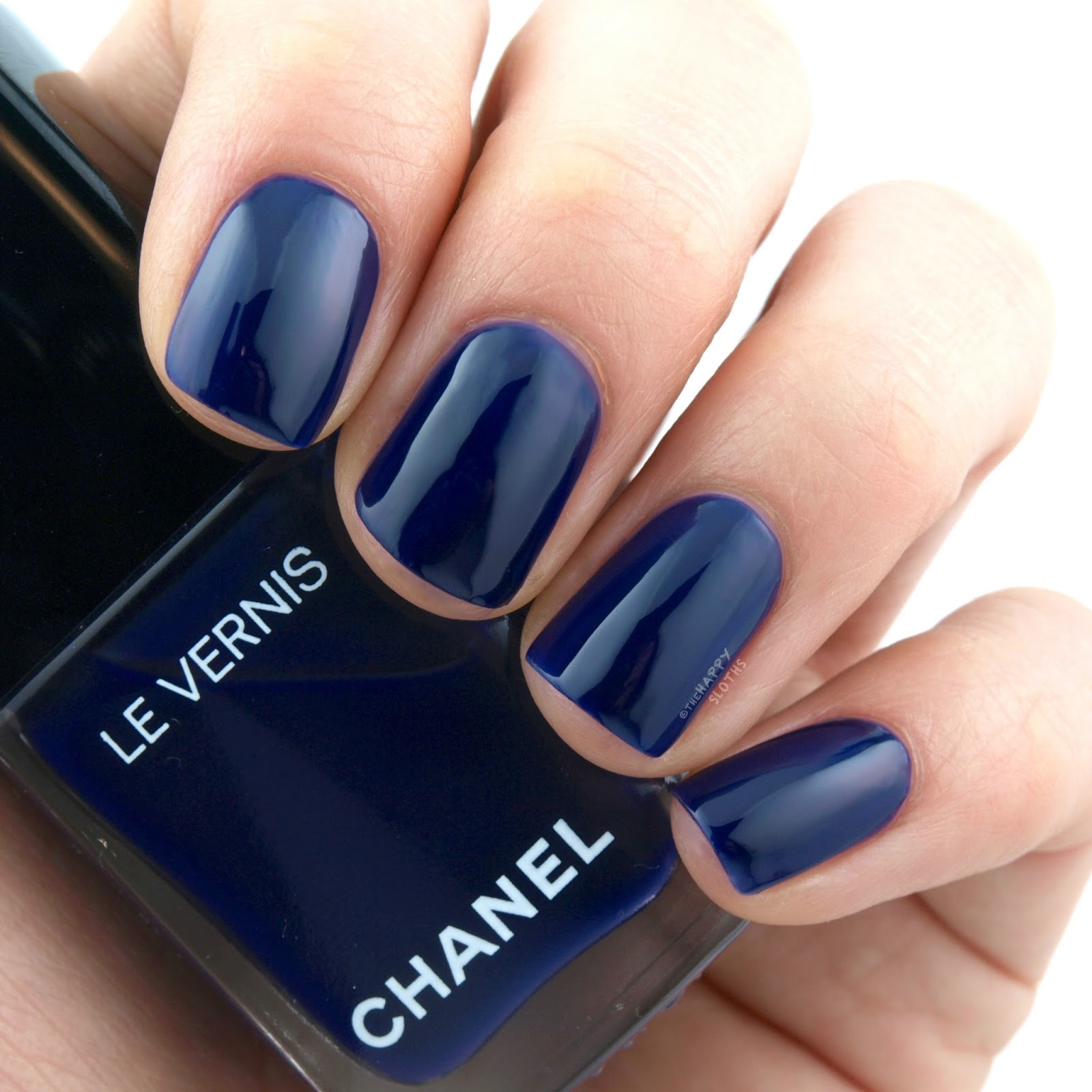 "Chanel Le Vernis in ""622 Violet Piquant"": Review and Swatches"