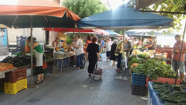 Οι λαϊκές αγορές που λειτουργούν στο Ίλιον