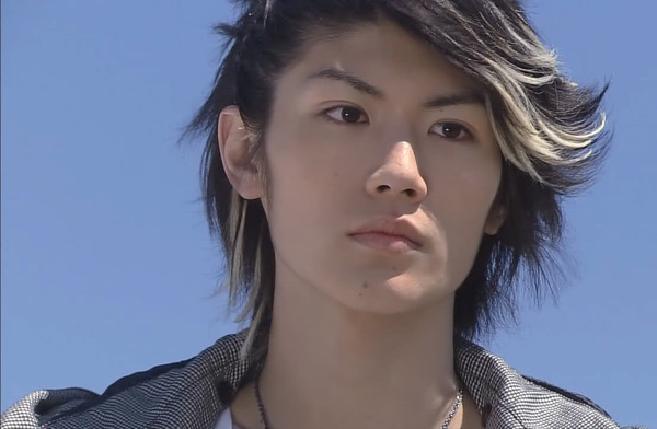 haruma miura sebagai ren kazama dalam film gokusen the movie