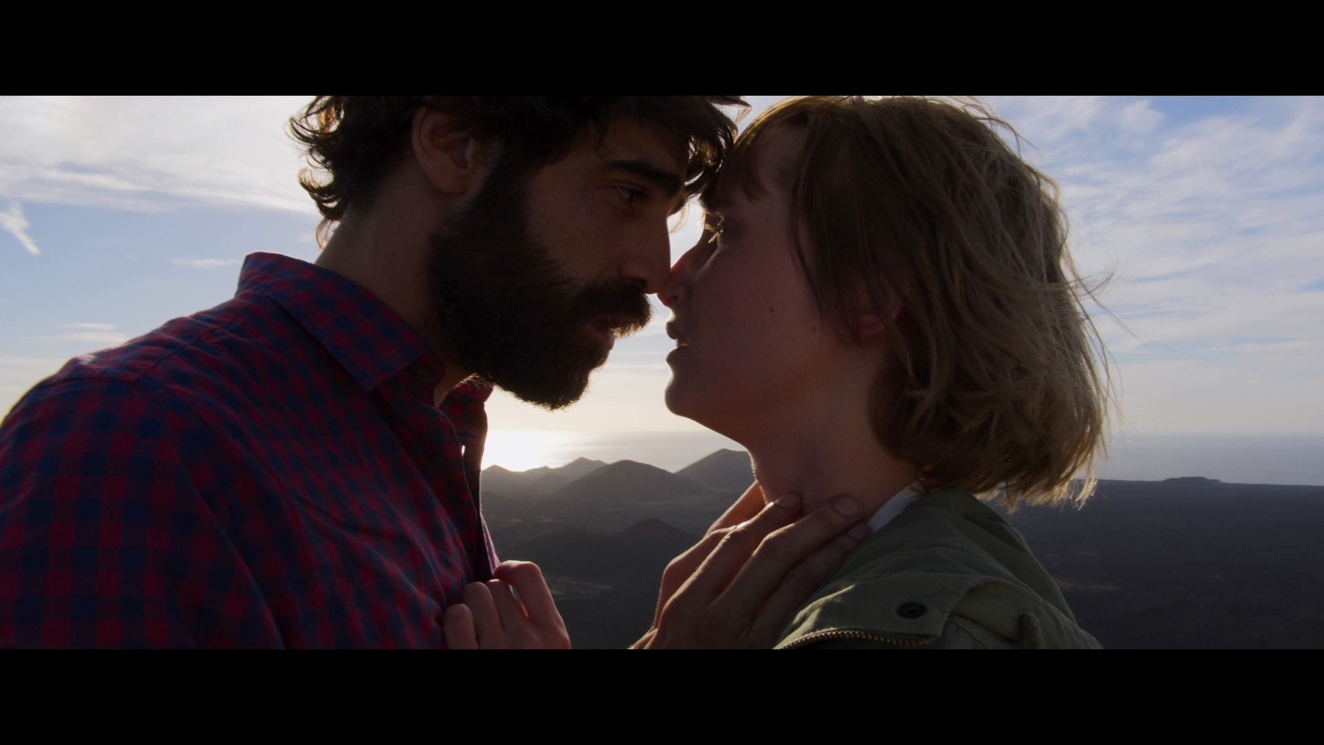Salir del ropero (2019) 1080p WEB-DL