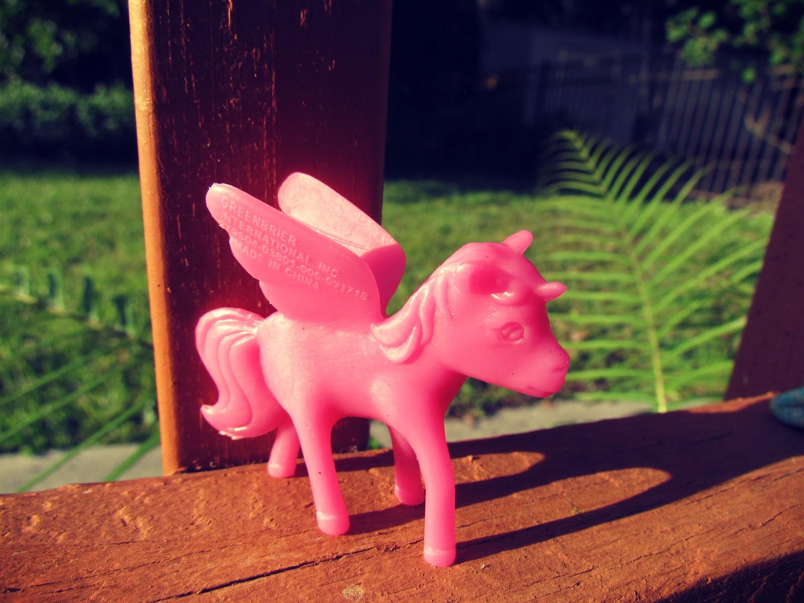 Pink Unicorn Pegasus My Little Pony Plastic Toy + Girls Novelty Gifts