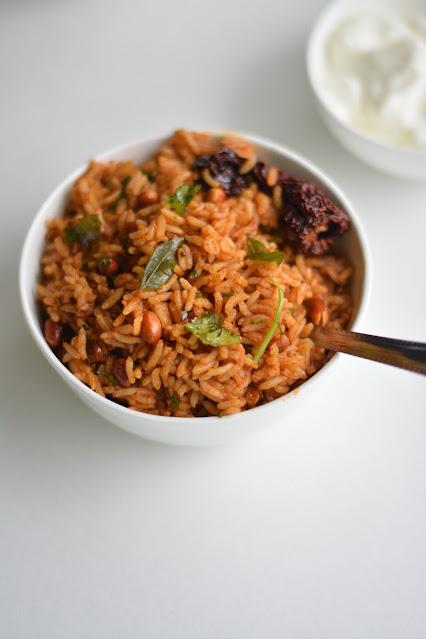 Puliyogre recipe - tamarind rice recipe