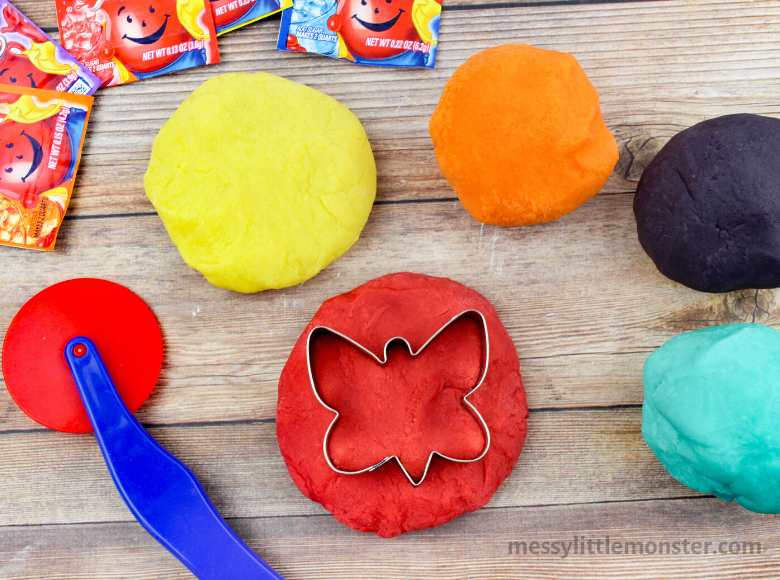 Easy Kool Aid Playdough Recipe