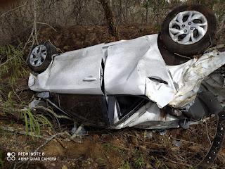 Médico do SAMU de Picuí perde o controle e acaba capotando veículo