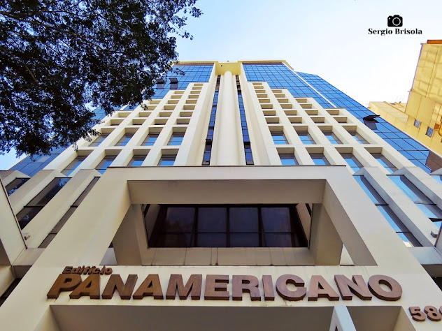 Perspectiva inferior da fachada do Edifício Panamericano - Bela Vista - São Paulo