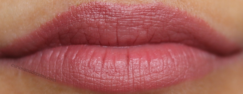 Masaba By Nykaa Lipstick Cool Guy, Masaba By Nykaa Lipstick review, Masaba By Nykaa Lipstick swatches