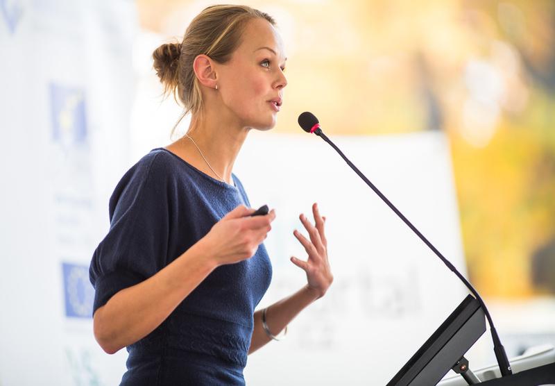 Pengertian, Jenis, Metode, dan Contoh Teks Pidato Persuasif
