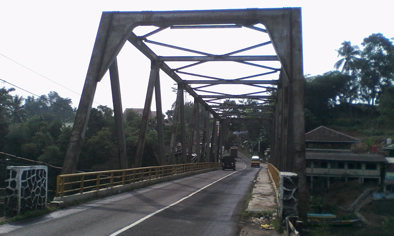 SURGA ITU DEKAT: Jembatan Ciminyak Cililin Bandung barat