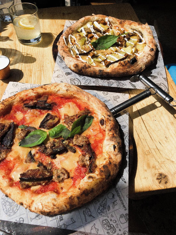 vegan pizzas at purezza