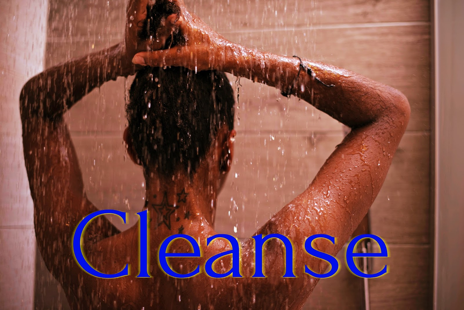 Click here to buy Blueberry Bliss Reparative Hair Wash to gently but effectively cleanse your naturally curly hair.