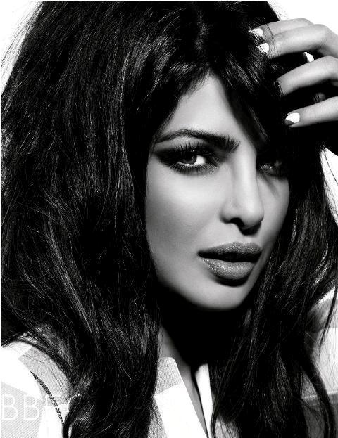 Priyanka Chopra Bollywood Diva's Smoky Eye Makeup Looks
