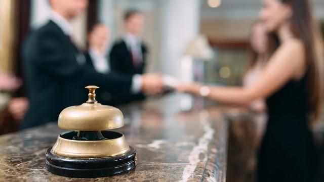 Ξενοδοχείο στο Ναύπλιο ζητάει άνδρα υπάλληλο για νυχτερινή βάρδια υποδοχής