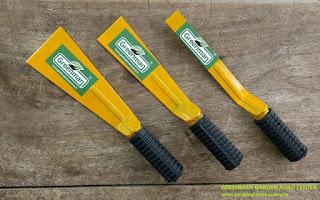 garden khurpi tools