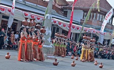 Makna Tari Buyung Sunda Kuningan Jawa Barat