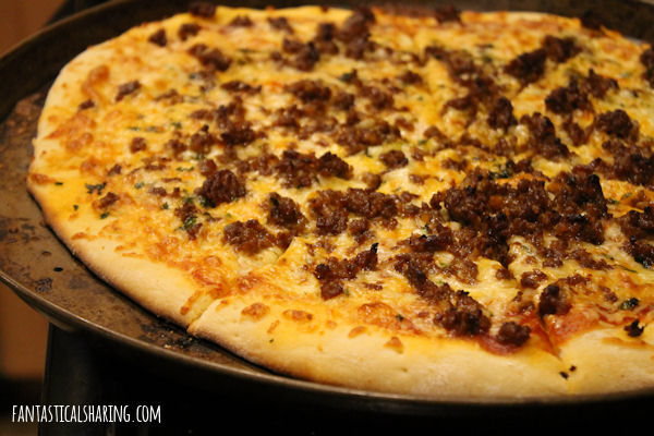 Mexican Chorizo Pizza #recipe #sausage #chorizo #pizza #maindish