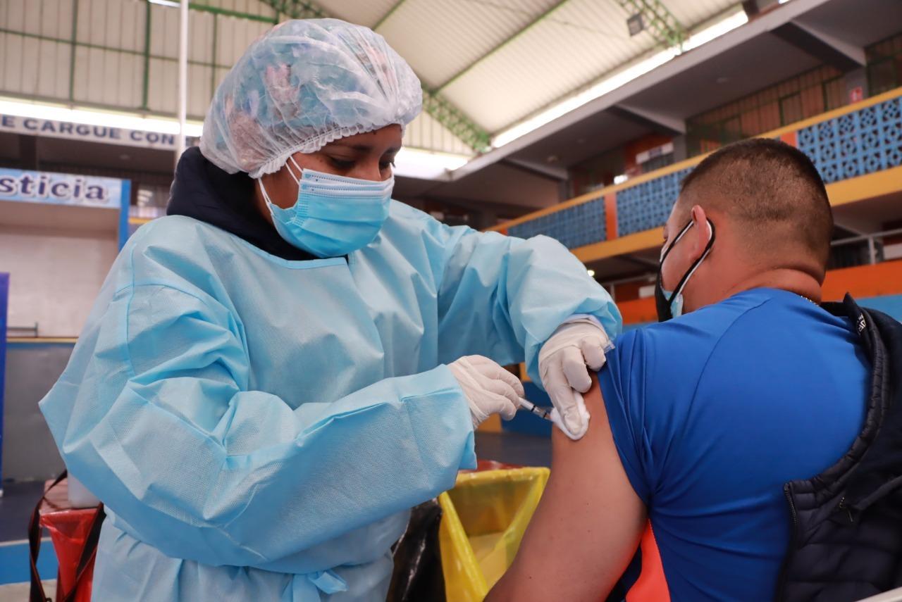Vacunación en Trujillo y en La Libertad se dará en mayores de 18 años