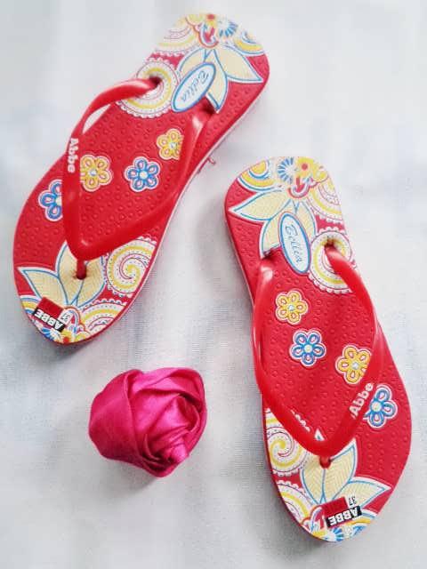 Pabrik Sandal Bunga Wanita Terlengkap dan Termurah