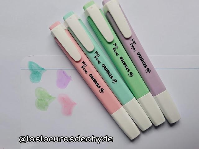 muestra de los fosforitos color pastel, rosa, lila, verde y azul