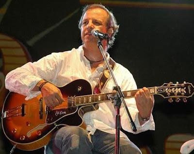 Foto de Alberto Plaza en el escenario