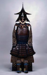 福岡藩二代藩主・黒田忠之の甲冑。兜はナマズの尾をかたどっている