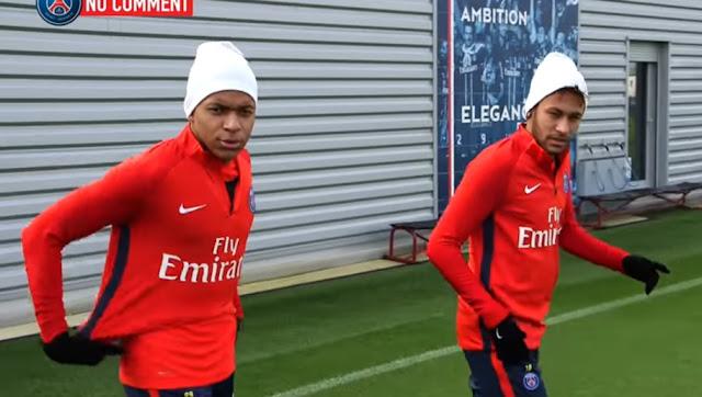 Mbappé donne une leçon de français à Neymar