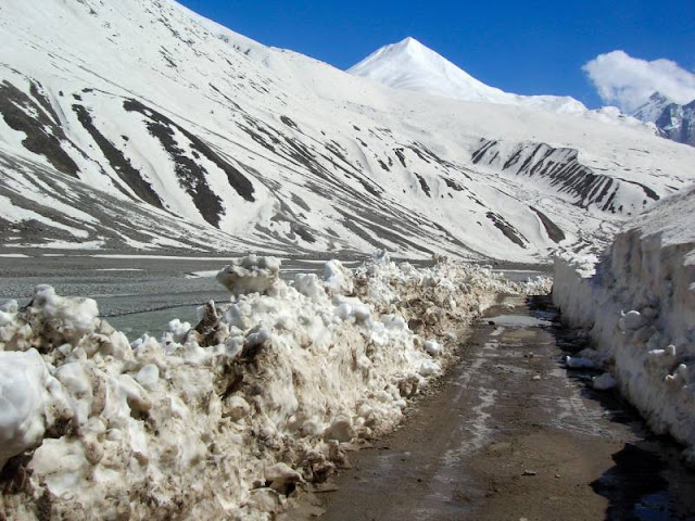 Lahaul & Spiti Tourist Attraction : Baralacha La
