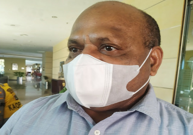 Mathius Pakhiri Sebut Boven Digoel, Pegbin, Yahukimo dan Waropen Rawan Pilkada.lelemuku.com.jpg