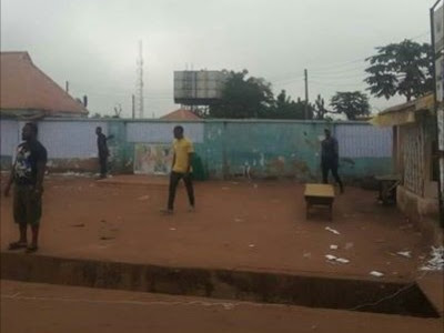 Kogi Election Live Update: Political Thugs snatches Ajetachi polling unit voting material, shocking reports emerges (pics)