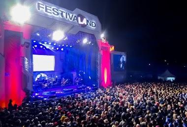 Festivaland Purwokerto 2019 , Fiersa Besari dan Bara Suara Sukses Bersenandung Di Lautan Manusia