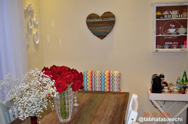 decoração-mesa-de-jantar-flores
