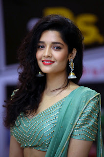 ritika singh neevevaro success meet august 2018 8