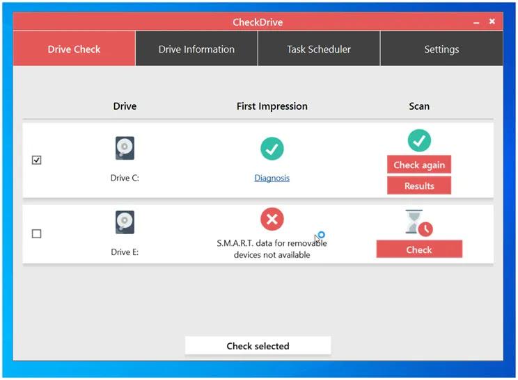CheckDrive 2021:  Ελέγξτε και επιδιορθώστε σφάλματα σε HD και SSDs