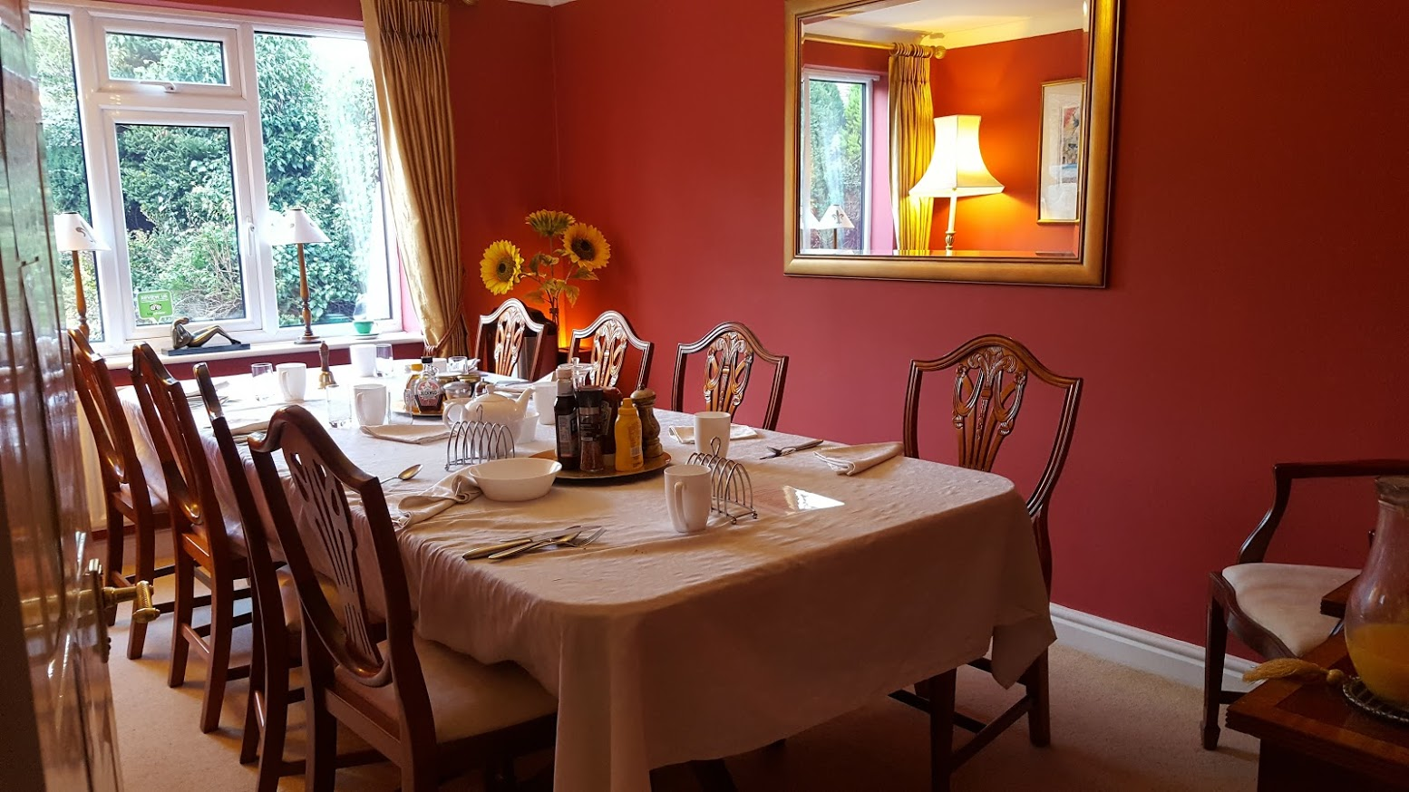 The brick castle ayuda house b b cheshire review hidden for Best private dining rooms cheshire